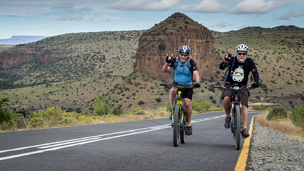 Dave and Roger on the tar road climb out of Nieu Bethesda. Photo by: Joy Mullin