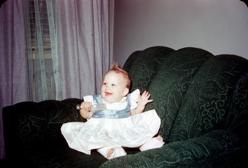 baby susan in chair easter 1957.jpg