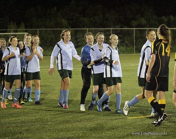 jm20120822 Wgtn Prem 1 girls football final _MG_9323 b