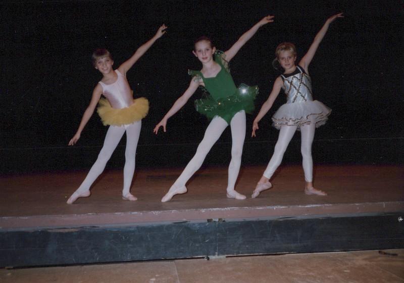 Dance_1975.jpg