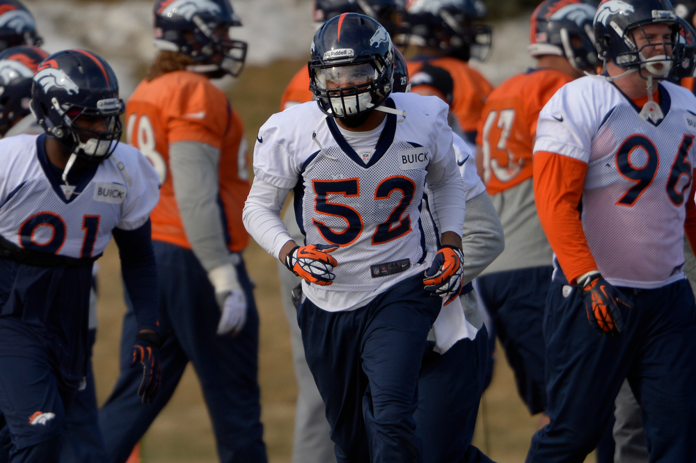 . Middle linebacker Wesley Woodyard #52 of the Denver Broncos during warm ups at practice in Centennial January 10, 2014 Centennial, Colorado. (Photo by Joe Amon/The Denver Post)