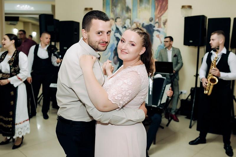 Gabriela & Nicolae-0813.jpg