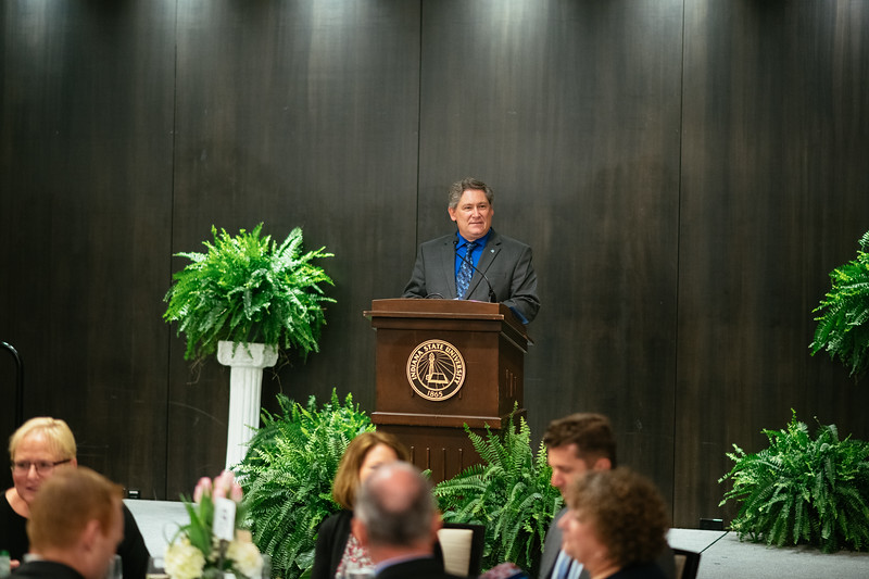 20190425_Faculty Awards-5551.jpg