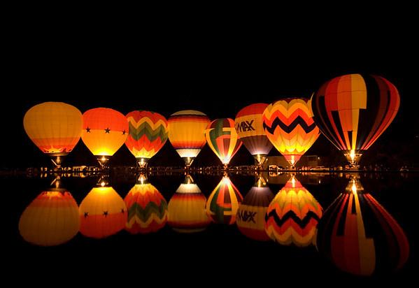 Balluminaria Balloon Glow