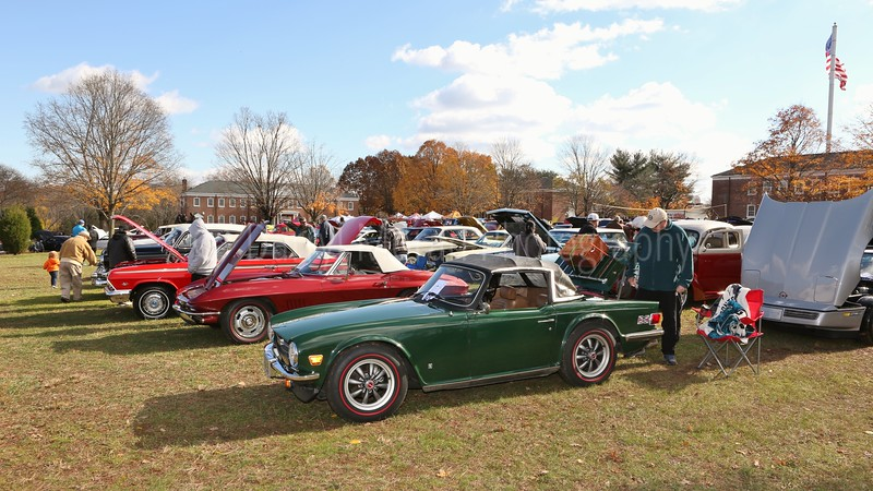 Tribute to Veteran's Annual Car Show at FFVF Nov 2018 (216).JPG