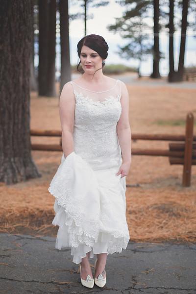modern-bride-nature-tahoe-wedding.jpg