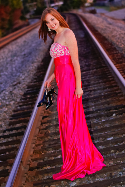 On the Tracks - Formal