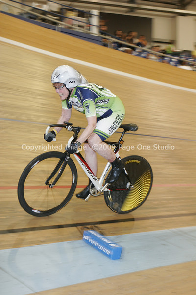 09SCNCATrackChamps_9832.JPG