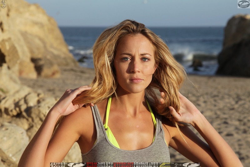 45surf_swimsuit_models_swimsuit_bikini_models_girl__45surf_beautiful_women_pretty_girls061.jpg