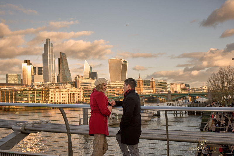 London-engagement-photoshoot 21.jpg
