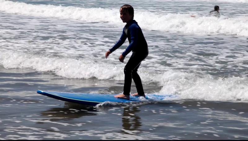 Grady Surfs.mov
