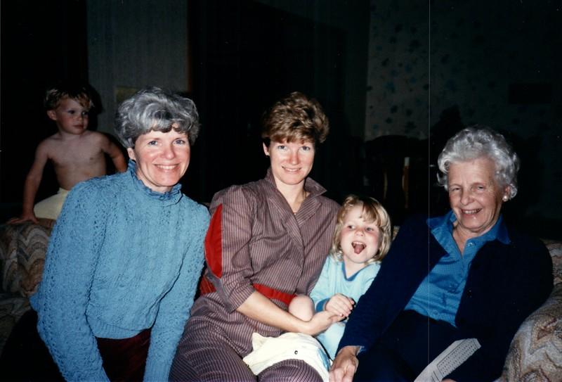 1985_December_Longwood_0008_a.jpg
