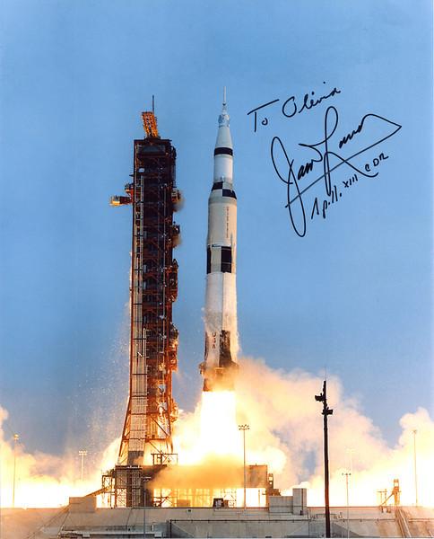James Lovell Autograph Apollo 13.jpg