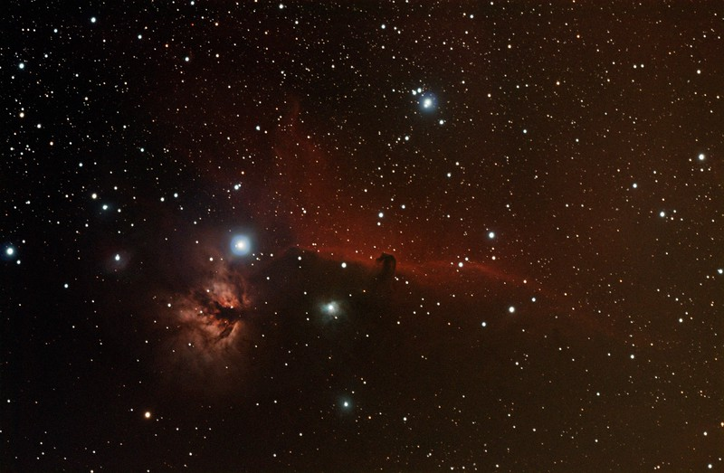B33 and IC434 nebulas in Orion