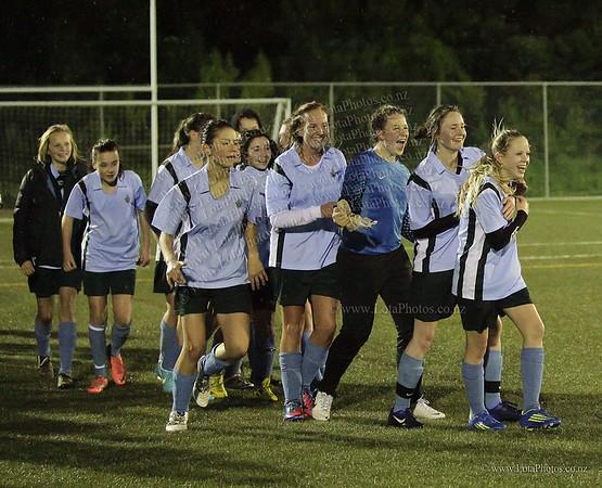 jm20120822 Wgtn Prem 1 girls football final _MG_9322 b