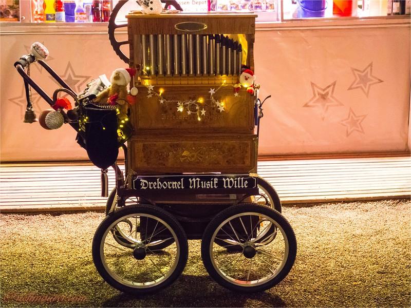 2016-12-21 Weihnachtsmarkt Basel - DSC05562.jpg