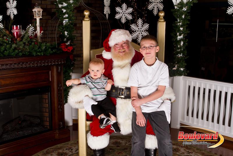 Santa Dec 15-266.jpg