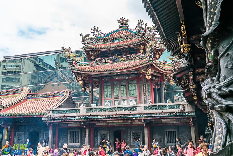 Longshan-Temple-00122.jpg