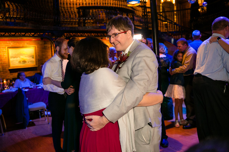 wedding (910 of 1070).jpg
