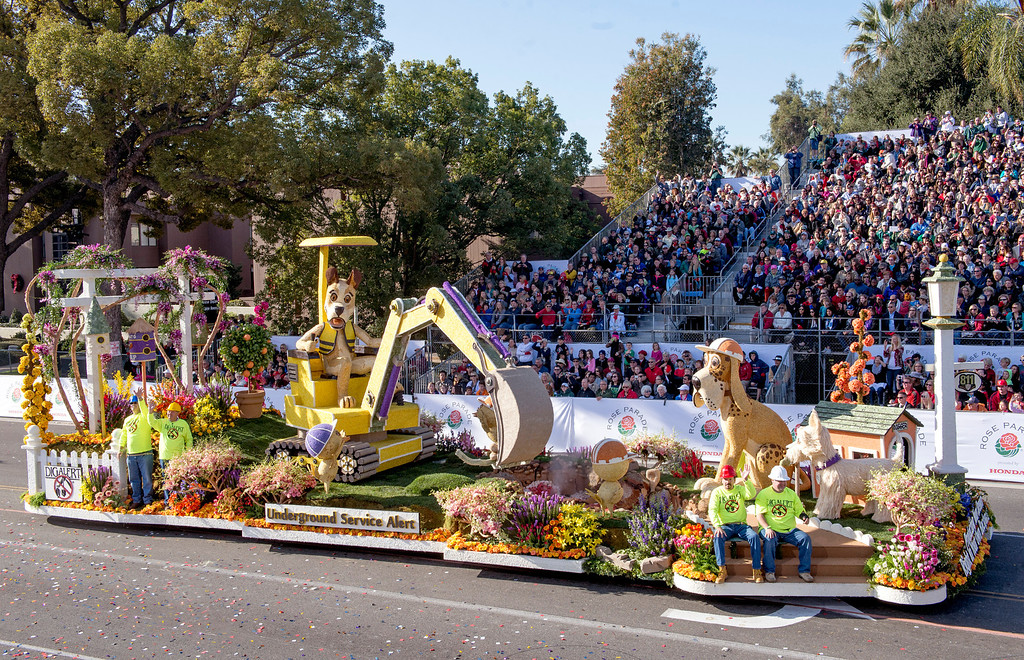 . Underground Service Alert of Southern California (DigAlert) float during 2014 Rose Parade in Pasadena, Calif. on January 1, 2014. This float won Animation award for best animation and motion. (Staff photo by Leo Jarzomb/ Pasadena Star-News)