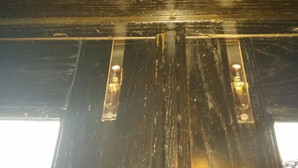 2014-11-01 Leaky Doors