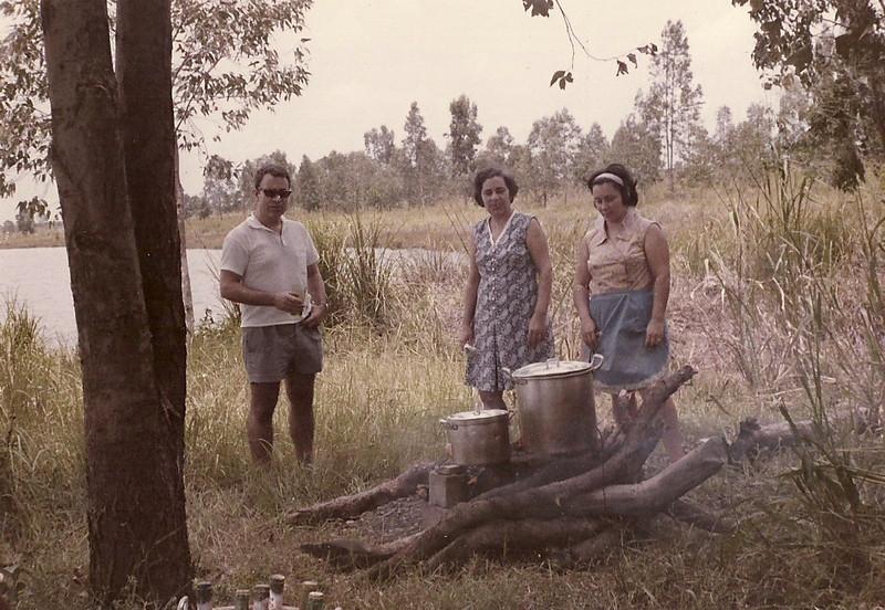 Carlos Guedes, Idalina Cerejeira, Maria Eduarda Saldanha em piquenique