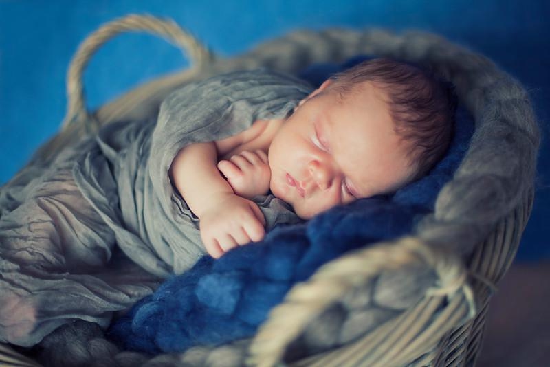 Newborn Tim