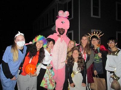 2014-10-31- New International Students Halloween