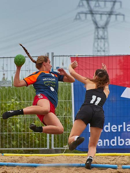 Molecaten NK Beach Handball 2017 dag 1 img 390.jpg