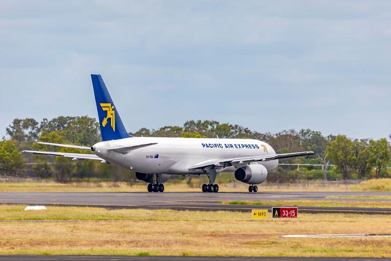 Pacific Air Express Boeing 757-200 VH-PQA visiting Rockhampton Airport on a training flight 31-01-19.