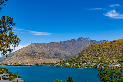 New Zealand; Landscape Lake Wakatipu and Southern Alps, Ka Tiritiri o te Moana
