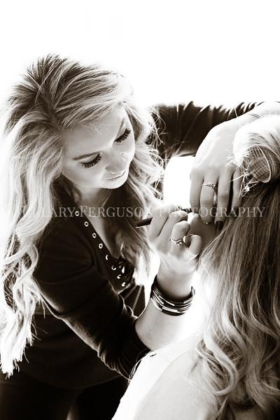 Hillary_Ferguson_Photography_Melinda+Derek_Getting_Ready100.jpg