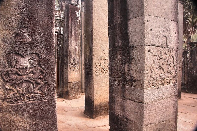 Welcoming pillars adorned with Apsaras (female spirits of the clouds and waters in Buddhist mythology) - Bayon