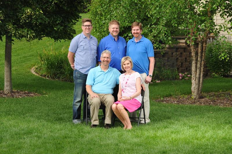 2015-07-25 Family Portraigs 2015 130.JPG