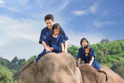 Anantara Elephant Riding