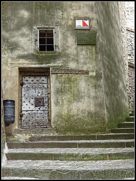 2013-10 Montone 043.jpg