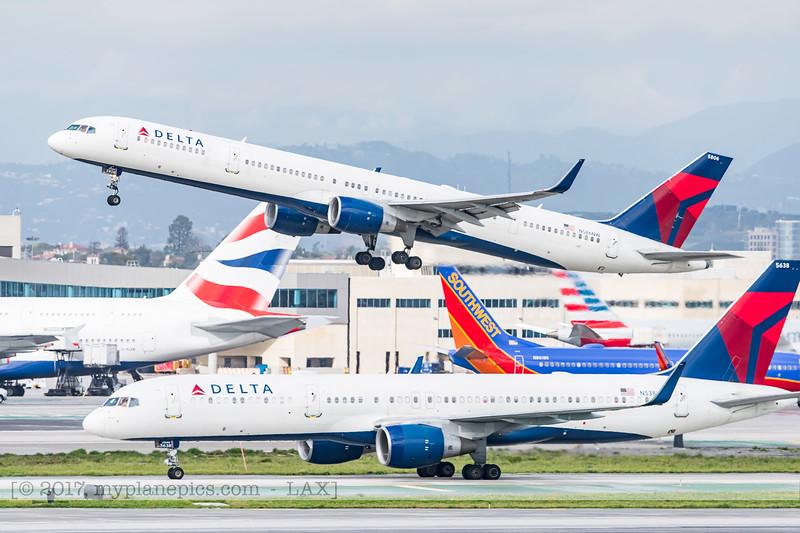 F20170218a143756_4765-Boeing 757-351-Delta-N586NW.jpg