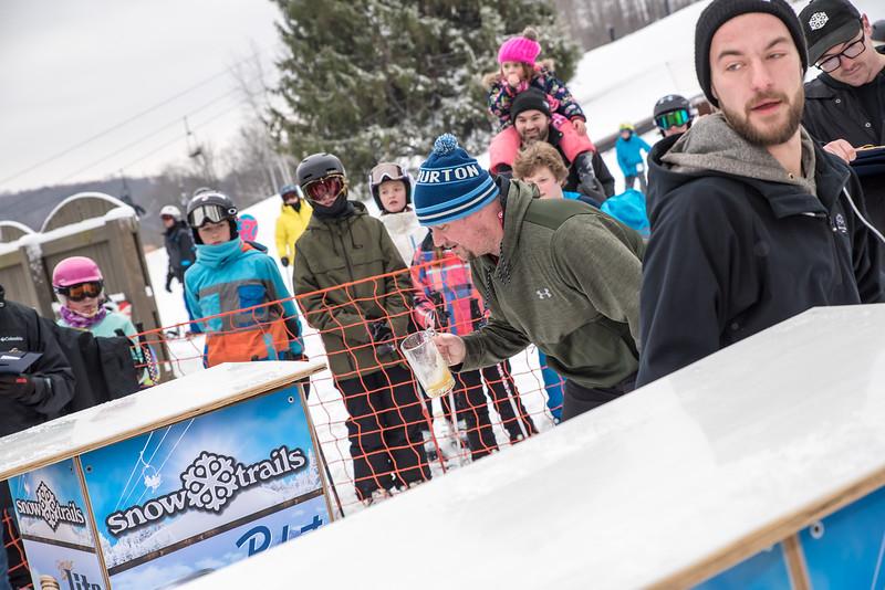 Mid-Season-Party_2017_Snow-Trails-9832.jpg