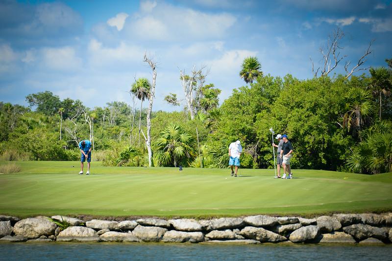 Cancun-20120914-1750--2090269672-O.jpg