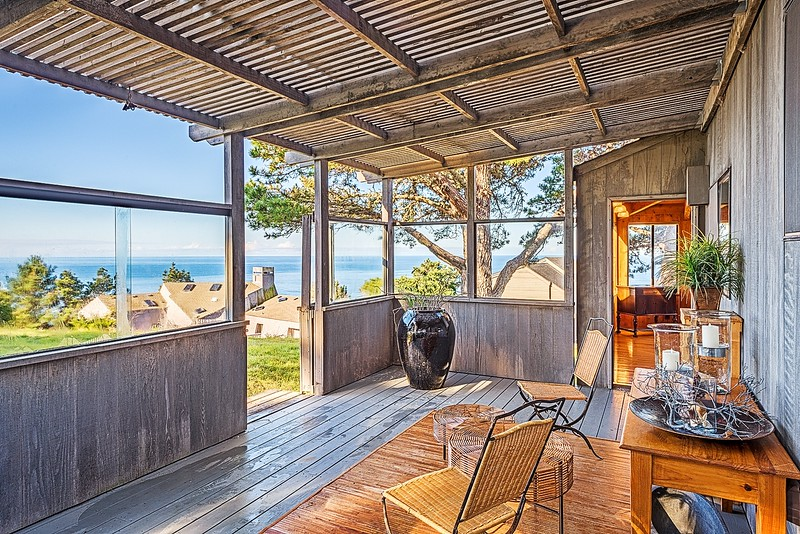 Covered Patio with South Coast Views