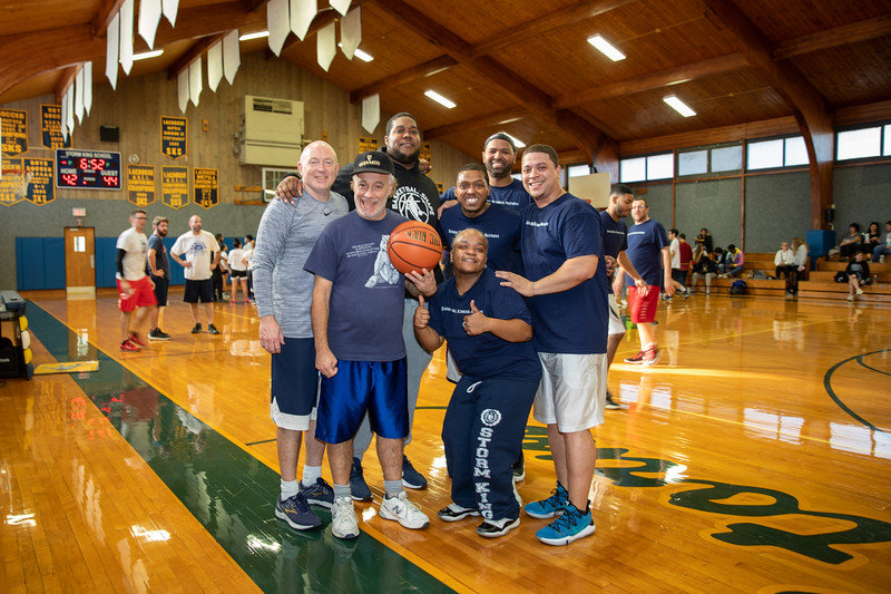 Kevin Houston, Kevin O'Brian with their past team members: Jermaine Miller '02, Richard Bailey '02, Shauntiece Puddon Hunt 01, Jon Lopes '00, David Bethea '1