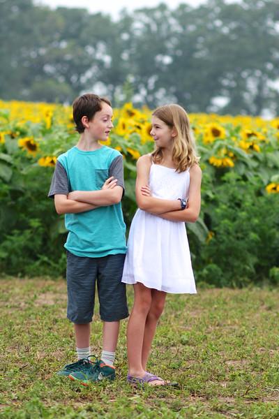 FamilySunflowers_ 151.jpg