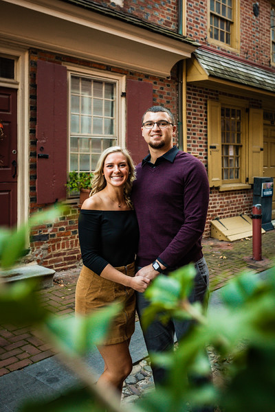 MICHELLE AND NICK - OLD CITY ENGAGEMENT SESSION - 25.jpg