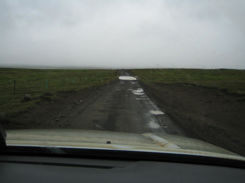 1798 - Only 4WD here (first of a sequence).jpg