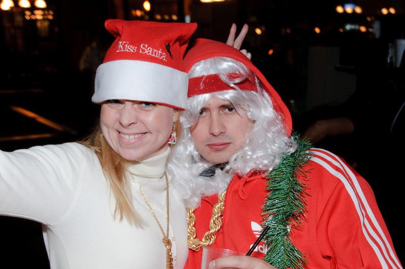 2009 ALS Santa Crawl-137.jpg