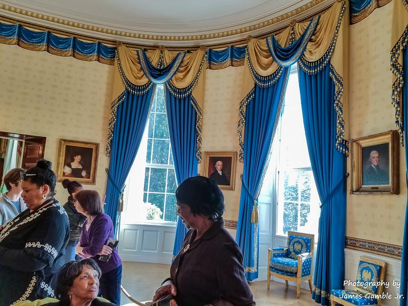 White-House-Tour-120205.jpg
