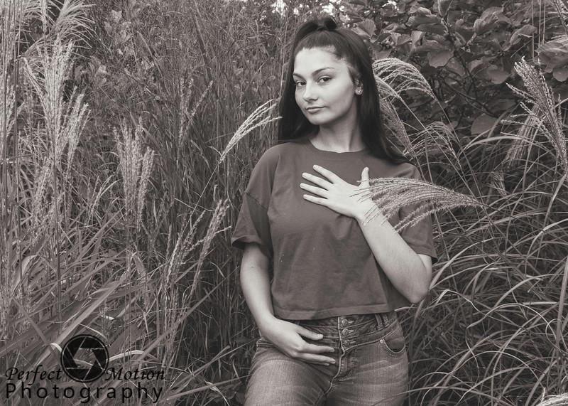 Kristin Casaccia 09 bw.jpg