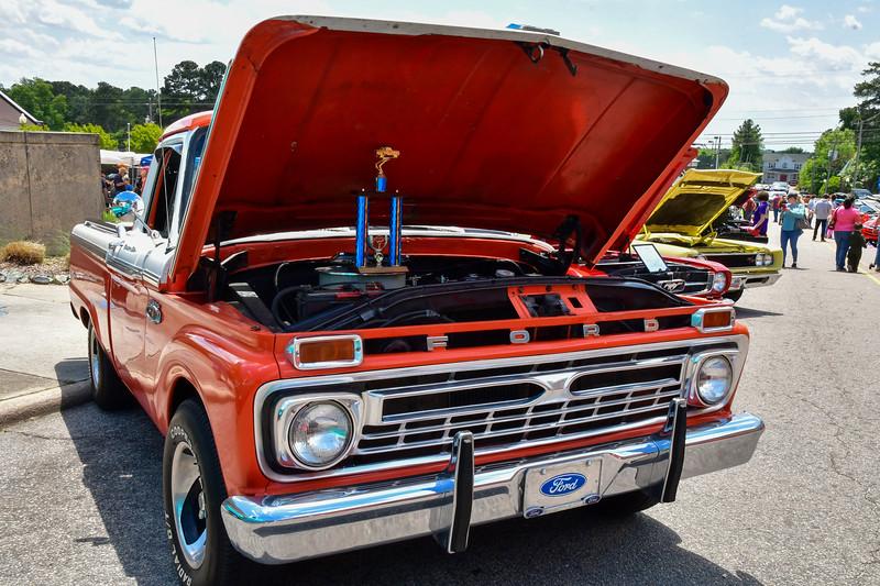 Melissa Schaub-red truck-050821.jpg