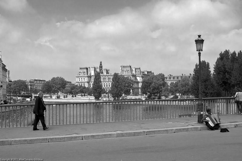 Paris. Pont Saint-Louis