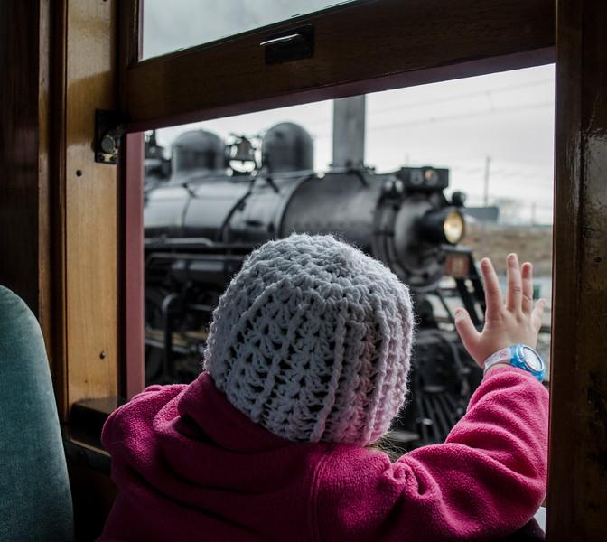 strsburg railroad - zoe waving as locomotive passes(p).jpg